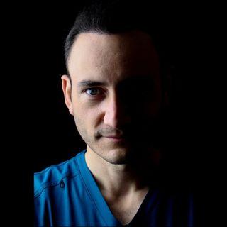 Dr Federico Baena Q