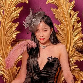 Jina Kim • 김지나