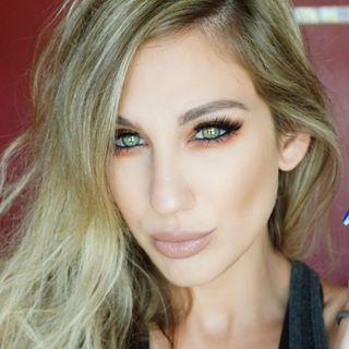 Samantha March