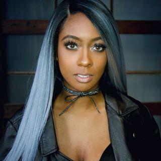 JAÇIE   Singer Songwriter