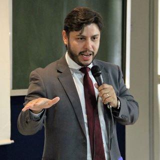 Lúcio Valente