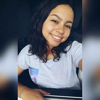 Beatriz Rezende Santos