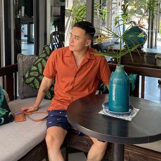 Phtuaans: Tuan J Pham
