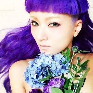 yuri nakagawa👽FUTURISTIC GIRL