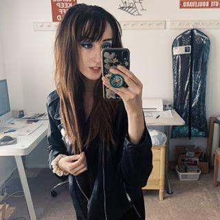 ✿ Holly Cressall ✧