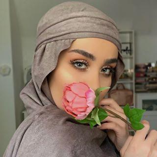 Makeup Artist    UK 🇬🇧