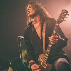 Stavis - Guitarist