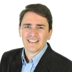Dr. Mauricio Conceição