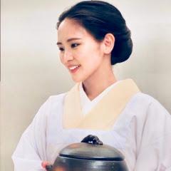 Kimono Mom