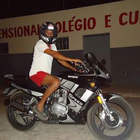 Alexsandro R1000