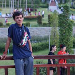 Smey Bek Zin
