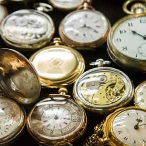 Só Relógios.