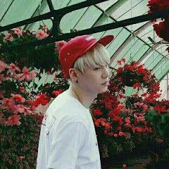 Hoseok and flower