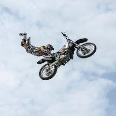 Wheeling Stunts