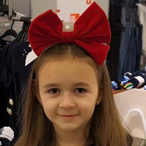 Alisha Smile