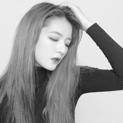 劉力穎 Liying Liu
