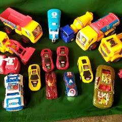 Mainan Mobil dan truk