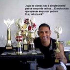 Elmo Oliveira