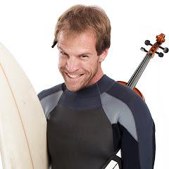 The Surfing Violinist
