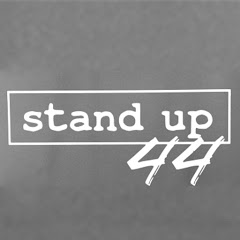 Stand-Up 44