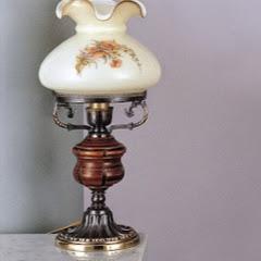 Белая лампа