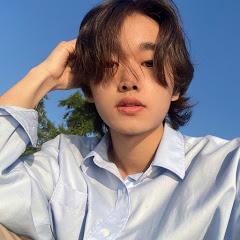 현진 Hyunjin