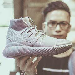 Lạ Sneaker