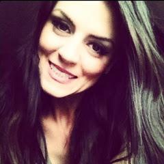 Brunette Beauty Blogger
