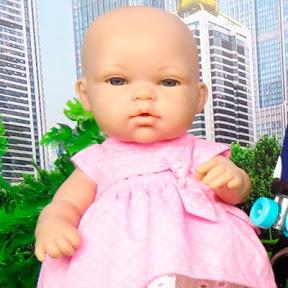 Baby dolls in World Toys