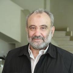 الكاتب / منصور عبد الحكيم