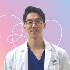 Dr. John Yoo