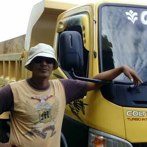 Dump Truck Traveling