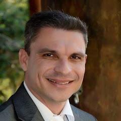 Dr. Marcelo Suave